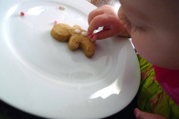 charlotteats gingerbread making