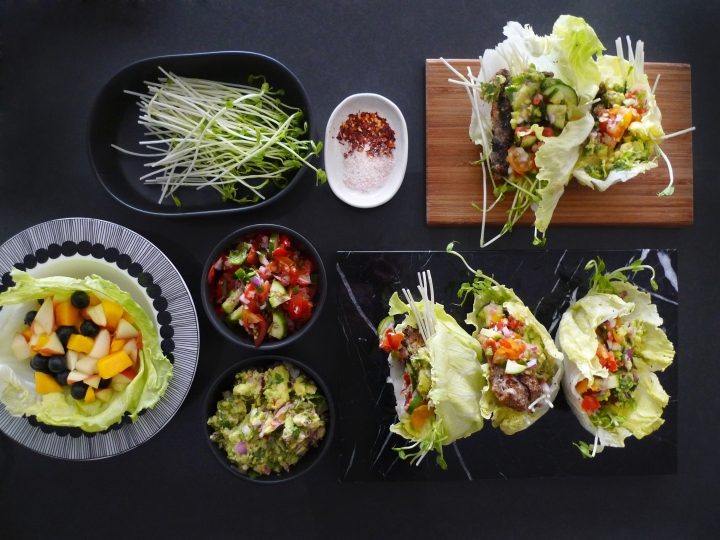 charlotte eats lettuce cup tacos