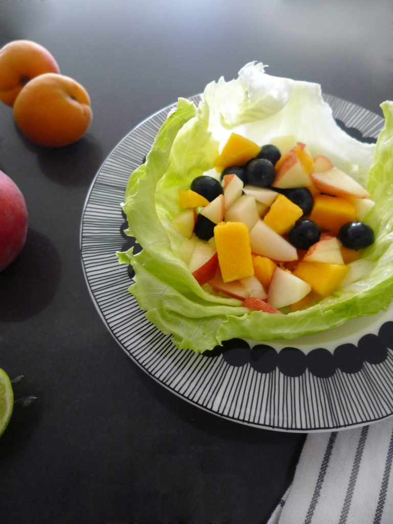 charlotte eats fruit lettuce leaf tacos